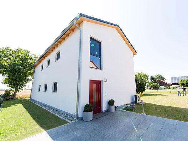 Aumer Massivhaus Bau, Familienhäuser, Designhäuser