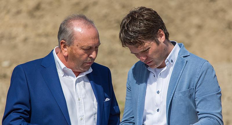 Ernst Aumer und Ernst-Matthias Aumer, Führung der Aumer Group