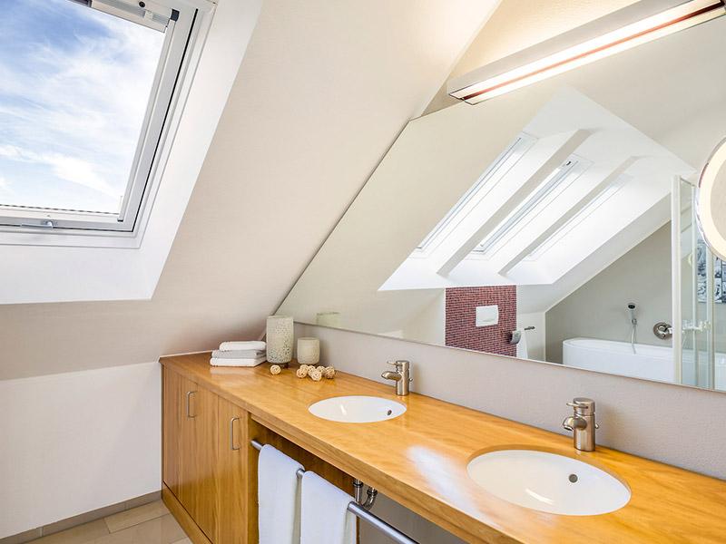 Blick in das Badezimmer des Aumer Musterhaus