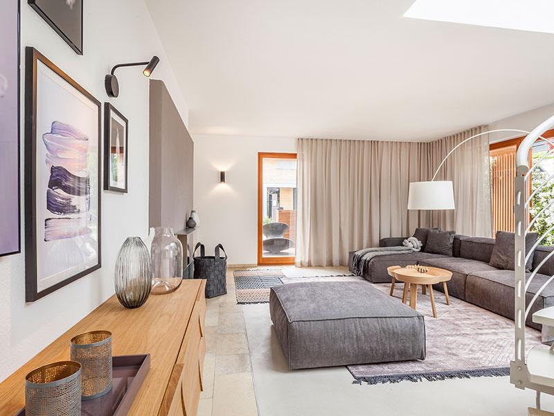 Aumer Massivhaus, Musterhaus Poing, Innenansicht Wohnzimmer