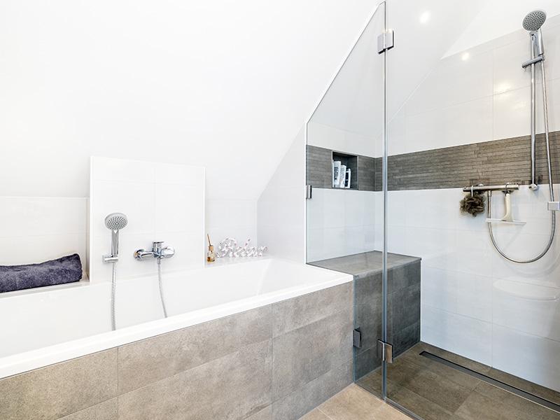 Das Badezimmer, Referenzhaus 180