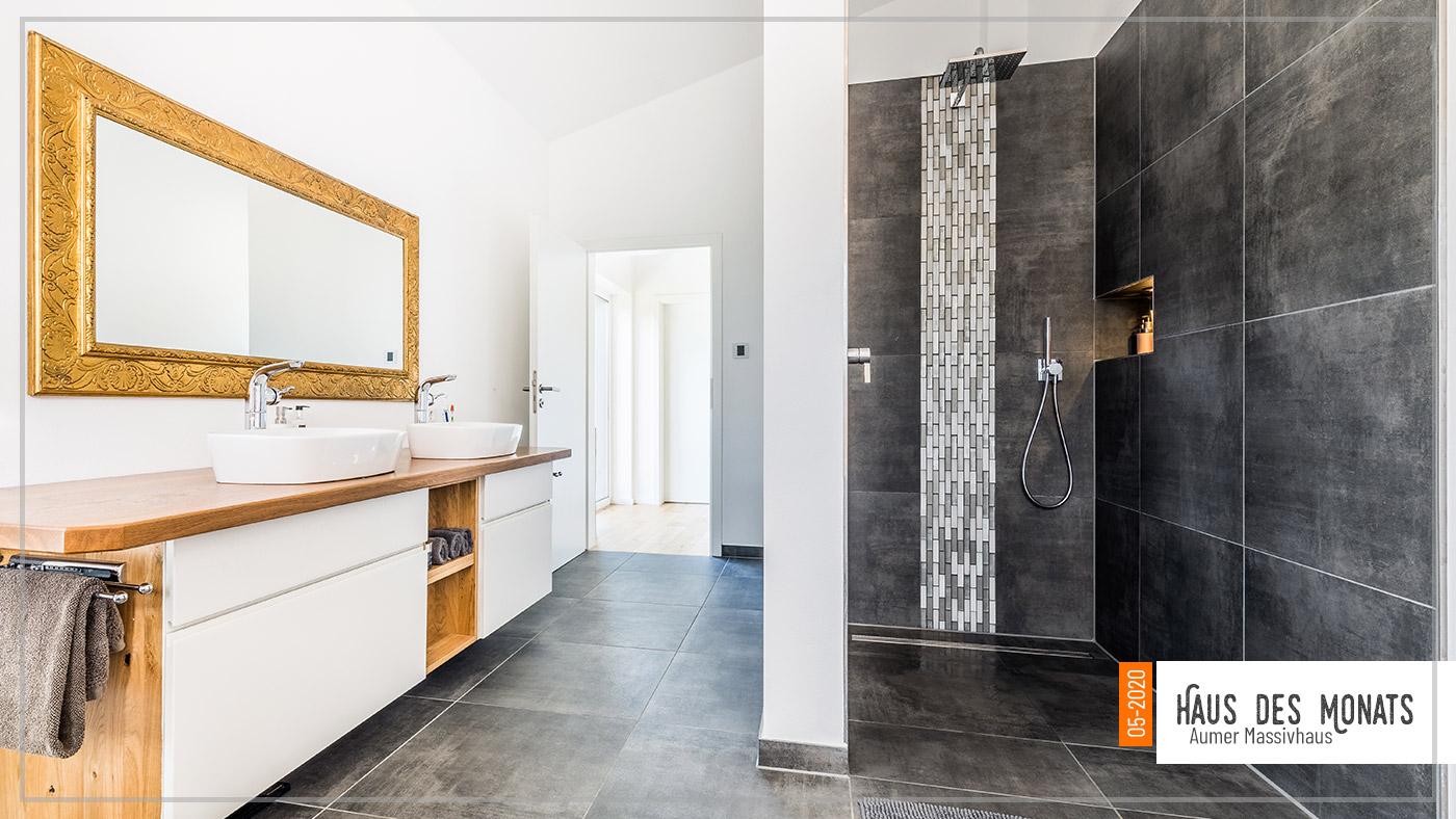 Aumer Massivhaus, Haus des Monats Mai 2020, Badezimmer