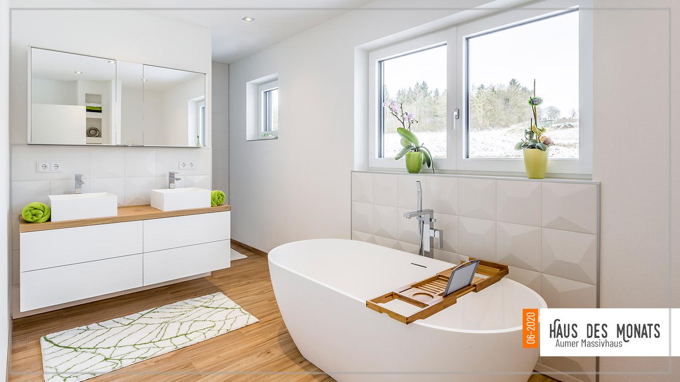Wohnraumtraum: Haus des Monats Juni 2020, Bad und Badewanne