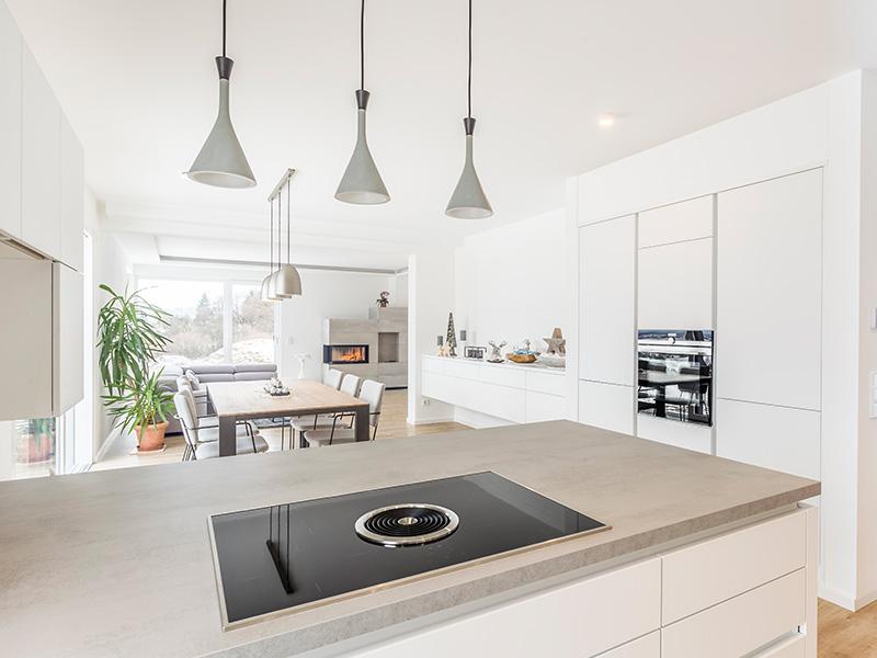 Aumer Massivhaus, Haus des Monats Juni, Kochbereich, Küche