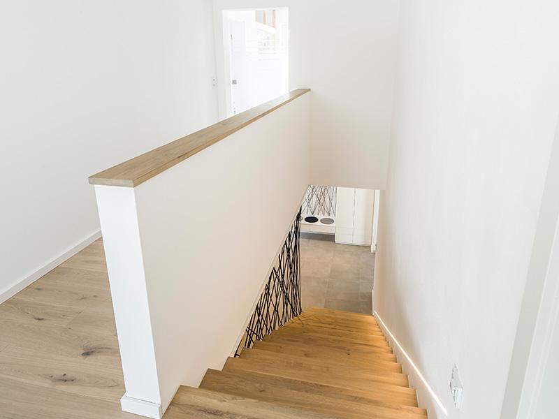 Aumer Massivhaus, Haus des Monats Juni, Treppenaufgang