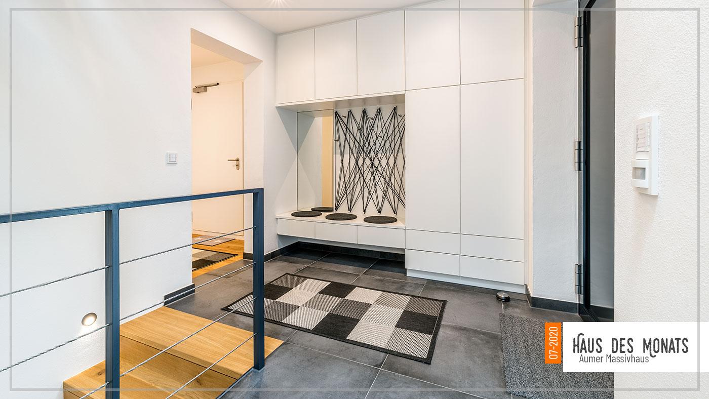 Eingangsbereich, Haus des Monats Juli 2020, Aumer Massivhaus